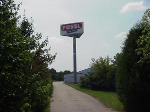 Werbeturm-Fussl-2
